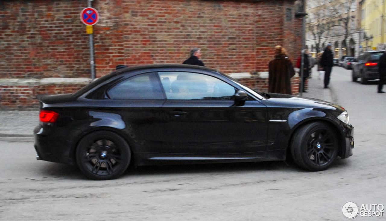 Bmw 1 series m coup 16 januar 2013 autogespot - Black bmw 1 series coupe ...