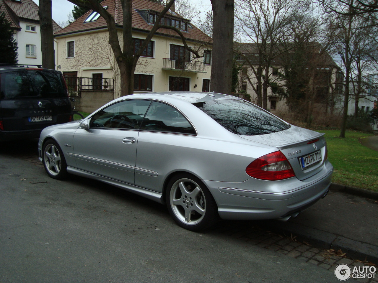 mercedes benz clk 63 amg 3 february 2013 autogespot. Black Bedroom Furniture Sets. Home Design Ideas