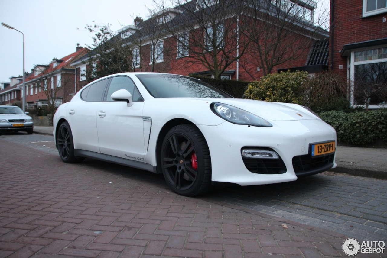 porsche panamera gts 28 february 2013 autogespot. Black Bedroom Furniture Sets. Home Design Ideas