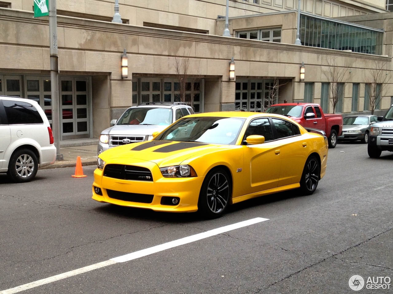 Dodge Charger Srt 8 Super Bee 2012 9 March 2013 Autogespot