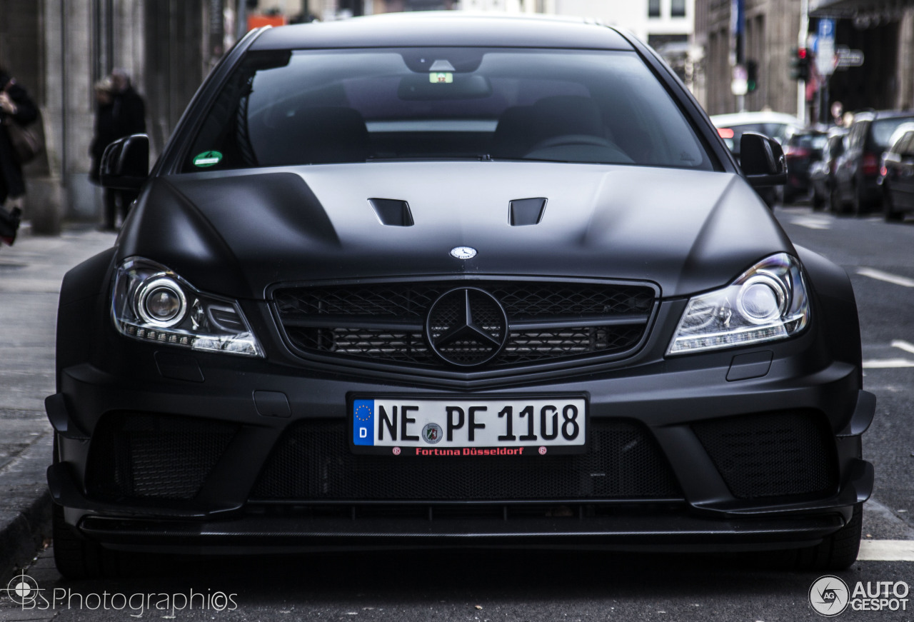 mercedes benz c 63 amg coup black series 18 march 2013 autogespot. Black Bedroom Furniture Sets. Home Design Ideas