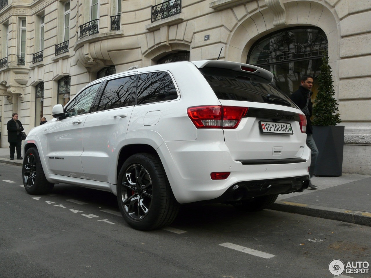 jeep grand cherokee srt 8 limited edition 23 march 2013 autogespot. Black Bedroom Furniture Sets. Home Design Ideas