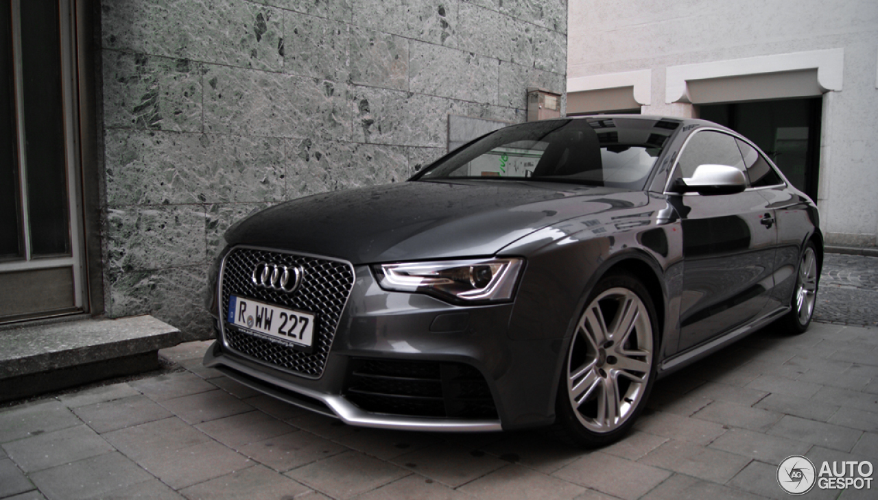 audi rs5 b8 2012 24 mrz 2013 autogespot. Black Bedroom Furniture Sets. Home Design Ideas