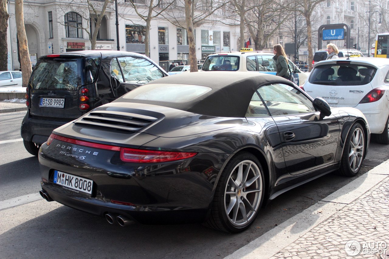 porsche 991 carrera 4s cabriolet 26 mars 2013 autogespot. Black Bedroom Furniture Sets. Home Design Ideas