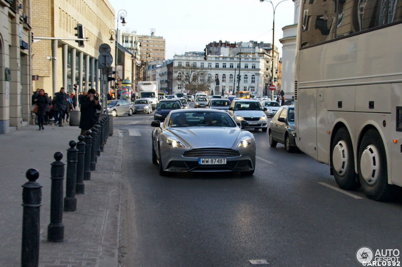 Aston Martin Vanquish 2013 3