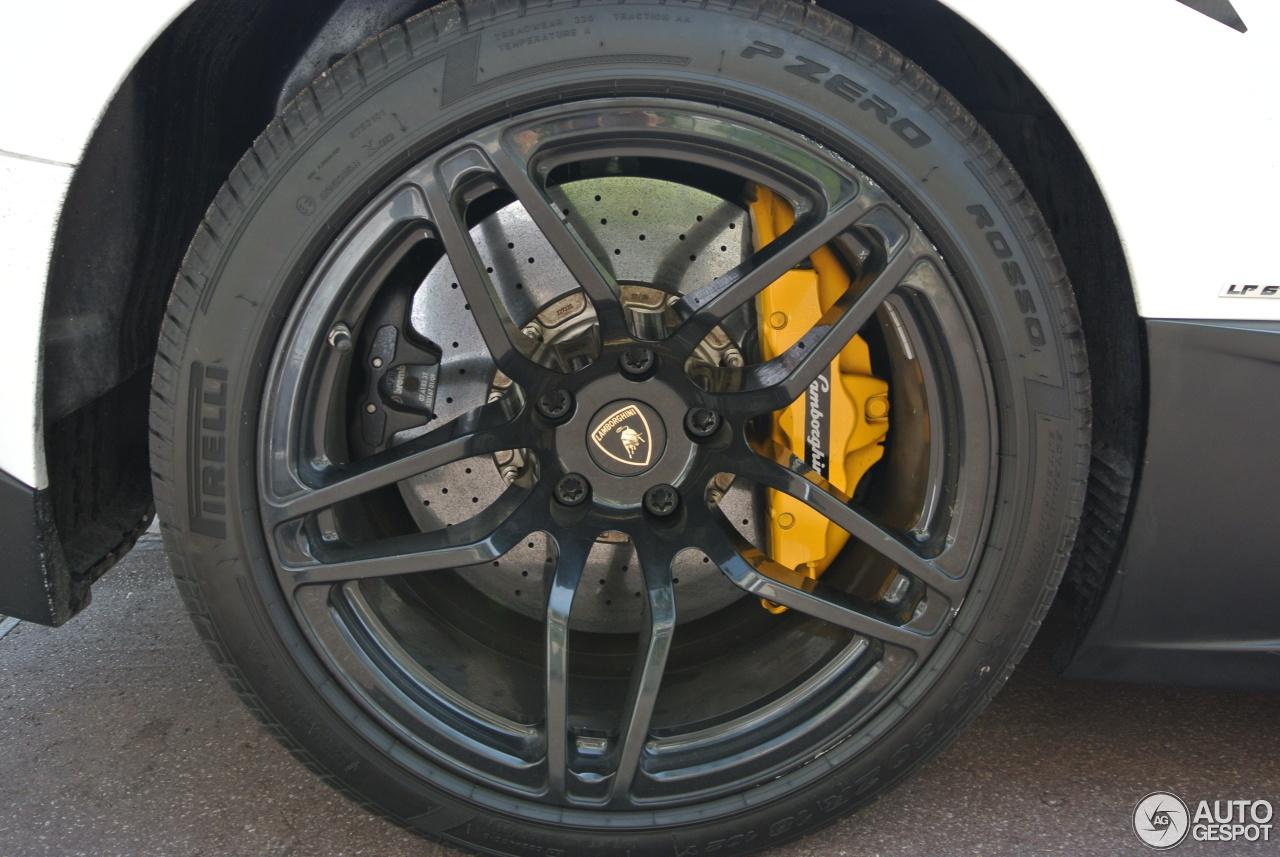 Lamborghini Murcielago LP670-4 SuperVeloce 10