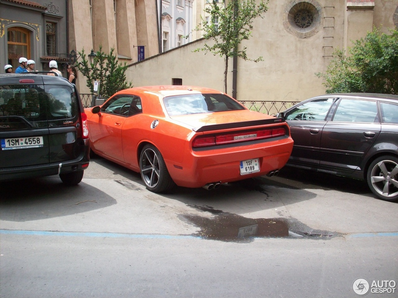Dodge Challenger SRT-8 2
