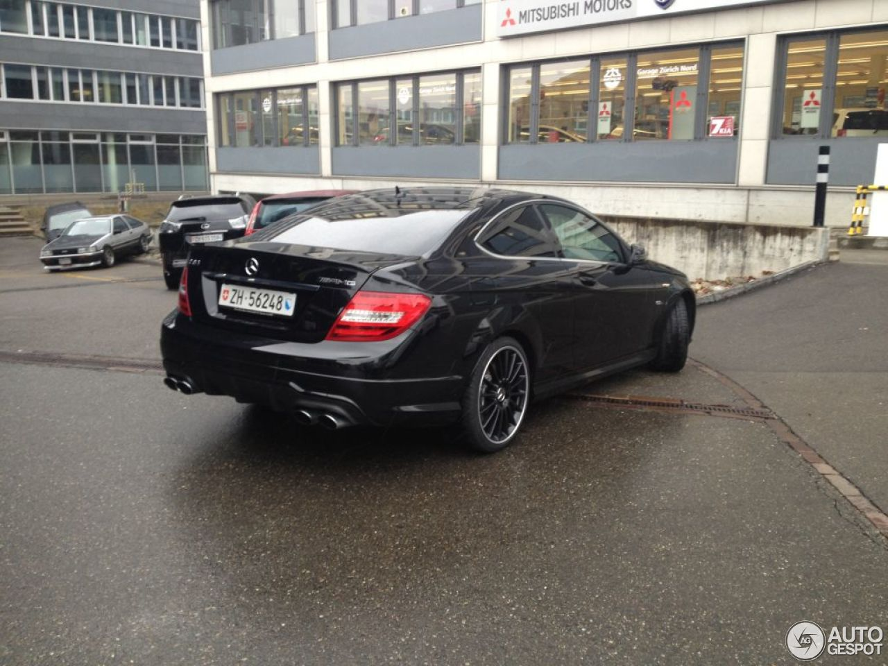 Mercedes-Benz C 63 AMG Coupé 4