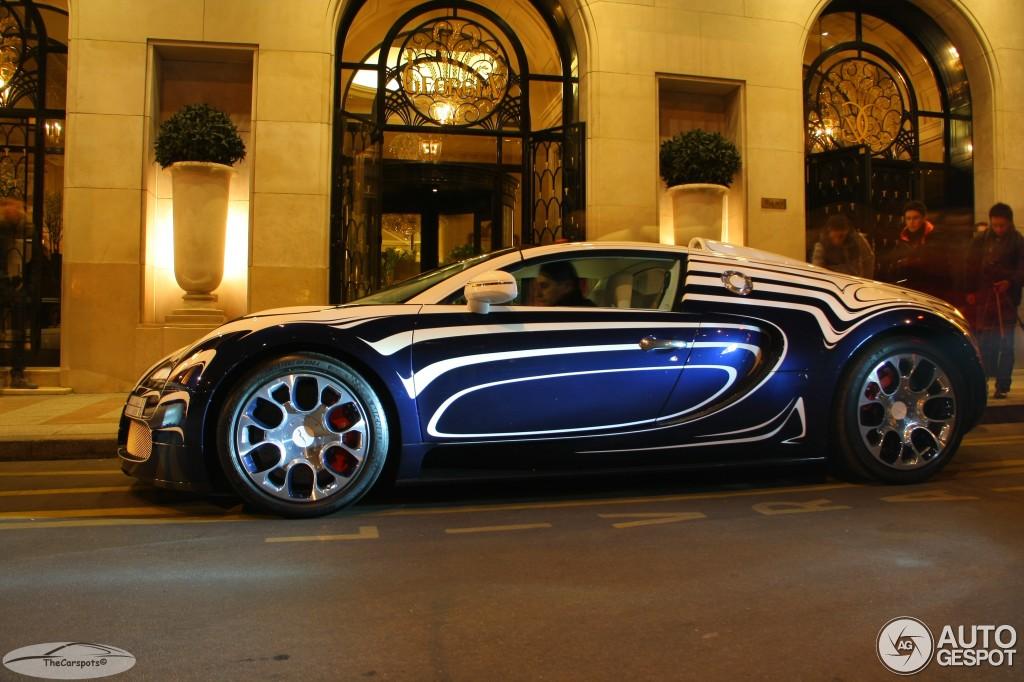bugatti veyron 16 4 grand sport l 39 or blanc 1 avril 2013 autogespot. Black Bedroom Furniture Sets. Home Design Ideas