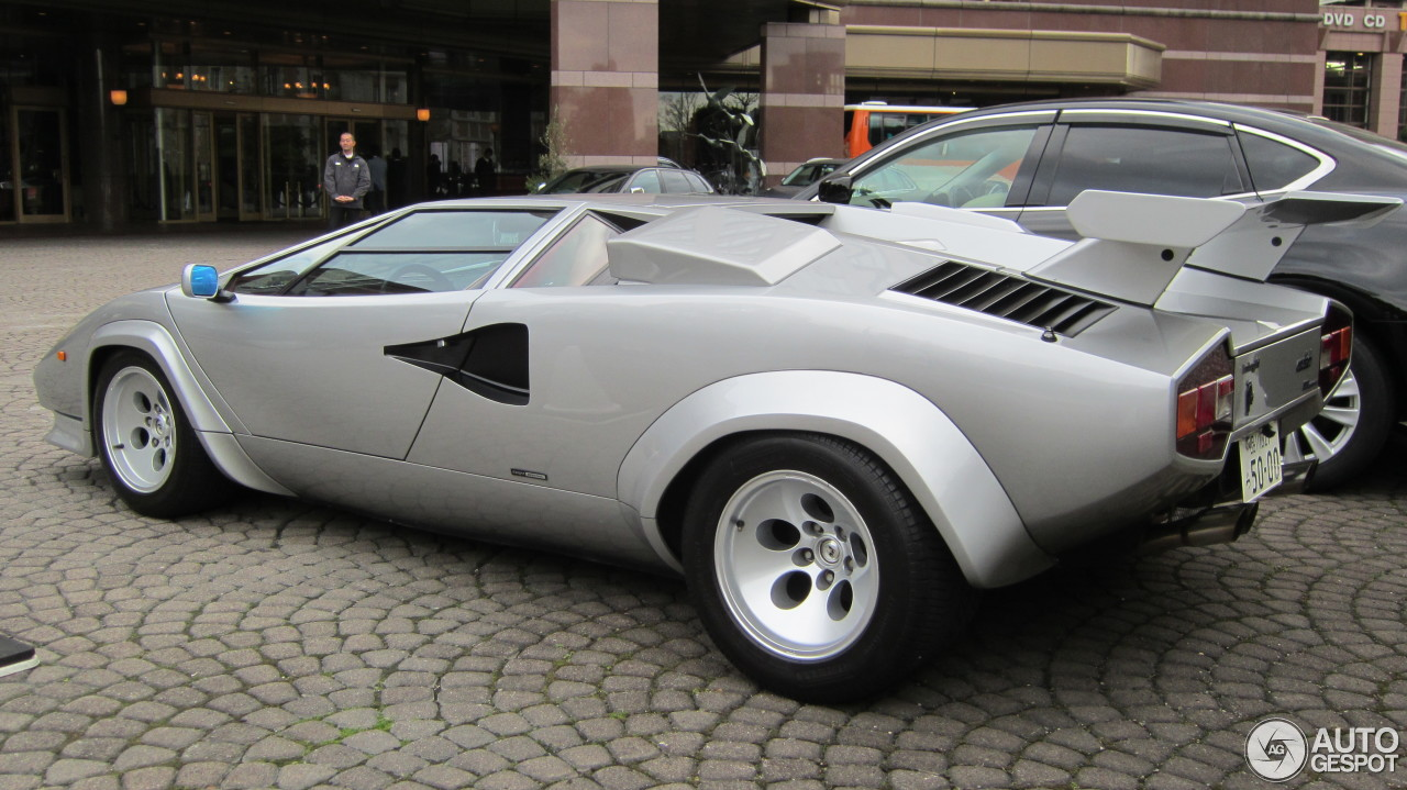 lamborghini countach 5000 quattrovalvole 4 april 2013 autogespot. Black Bedroom Furniture Sets. Home Design Ideas