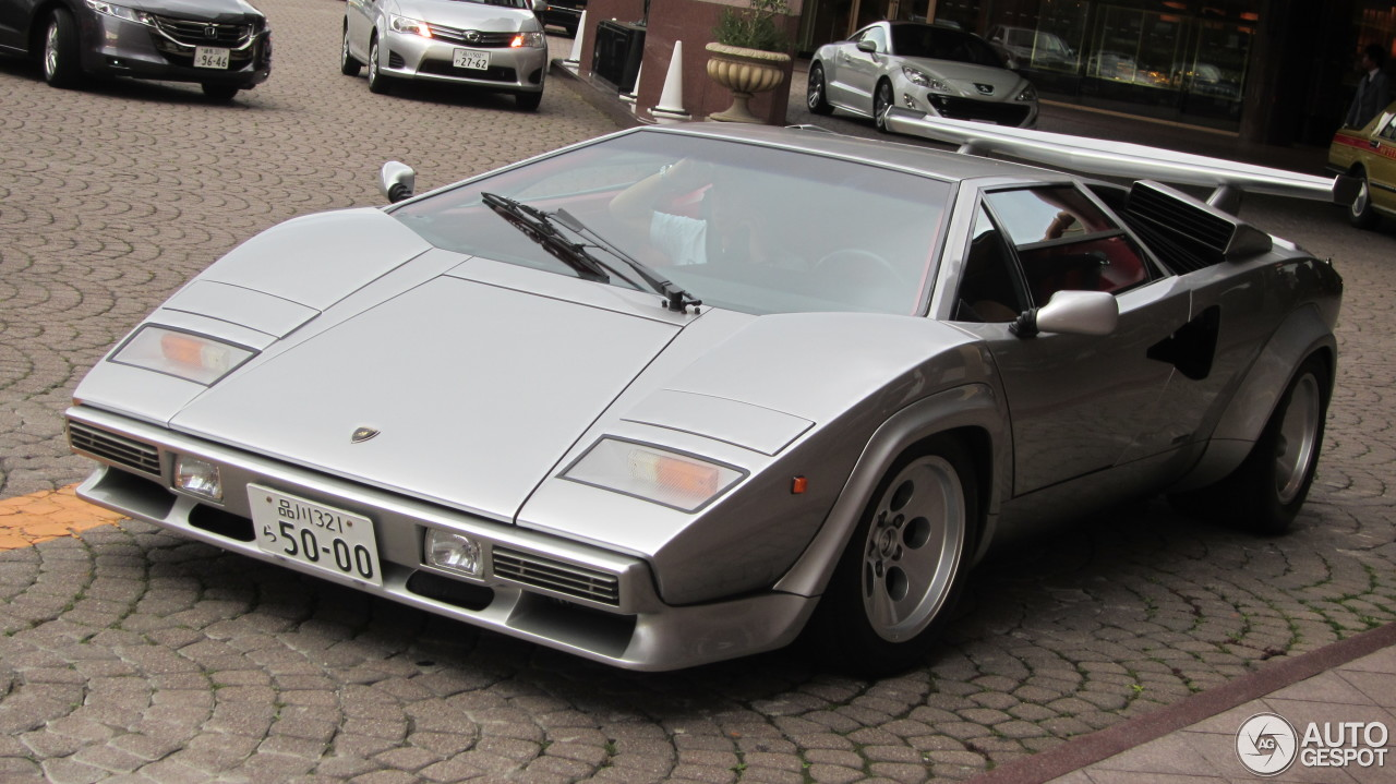 Lamborghini Countach 5000 Quattrovalvole 4 April 2013 Autogespot