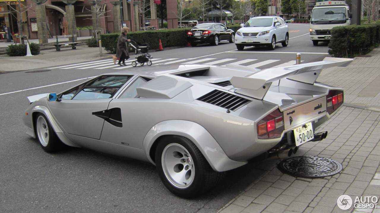 Lamborghini Countach 5000 Quattrovalvole 4 April 2013