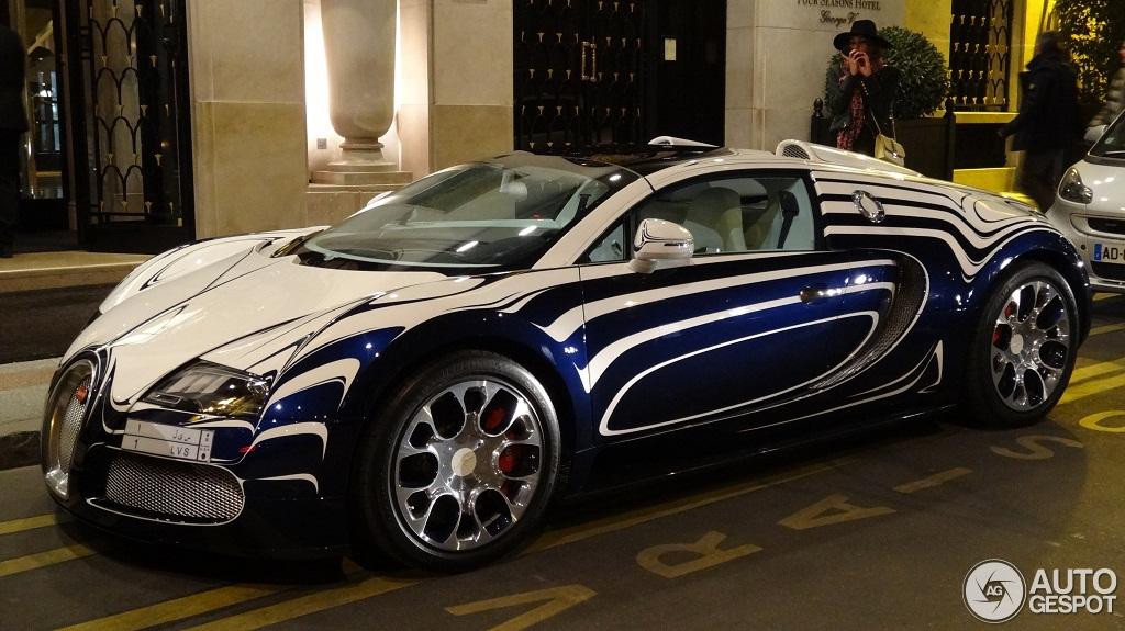 bugatti veyron 16 4 grand sport l 39 or blanc 8 avril 2013 autogespot. Black Bedroom Furniture Sets. Home Design Ideas