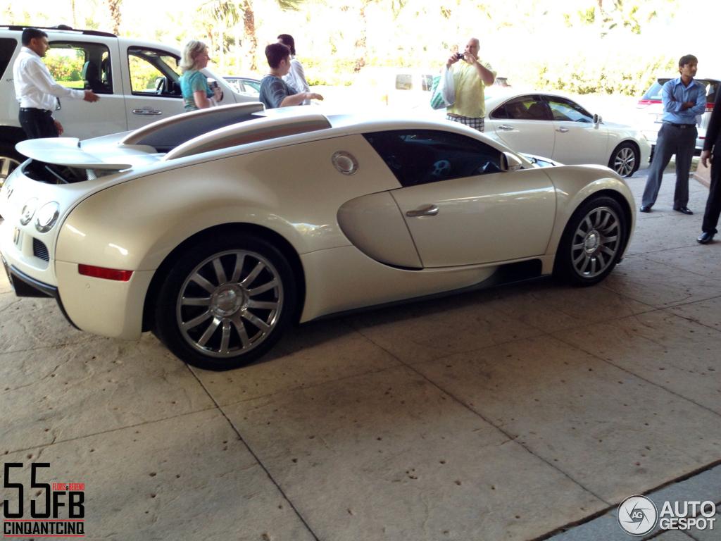 bugatti veyron 16 4 10 kwiecie 2013 autogespot. Black Bedroom Furniture Sets. Home Design Ideas