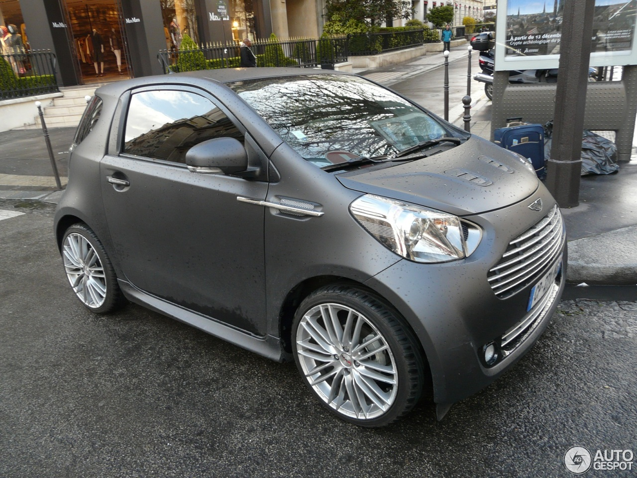 aston martin cygnet 12 april 2013 autogespot. Black Bedroom Furniture Sets. Home Design Ideas