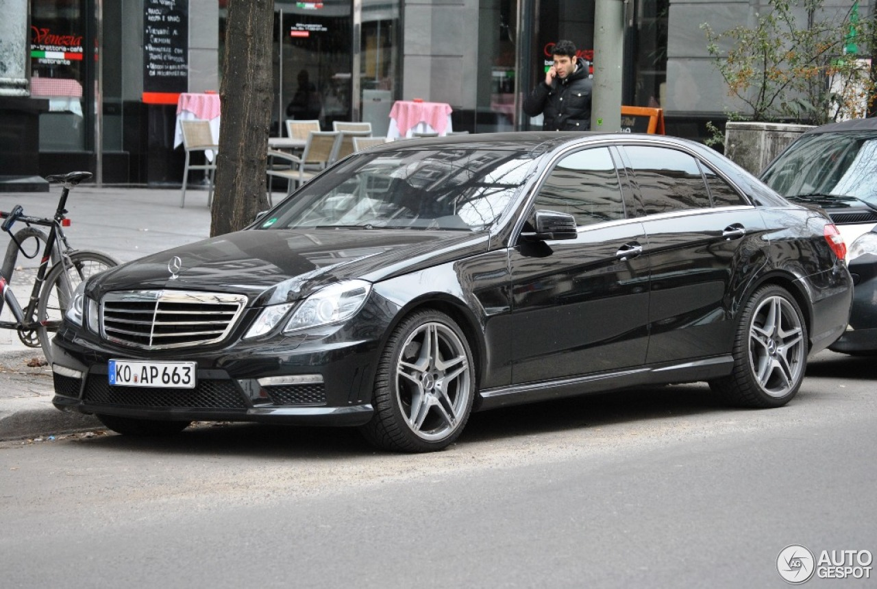 mercedes benz e 63 amg w212 16 april 2013 autogespot. Black Bedroom Furniture Sets. Home Design Ideas