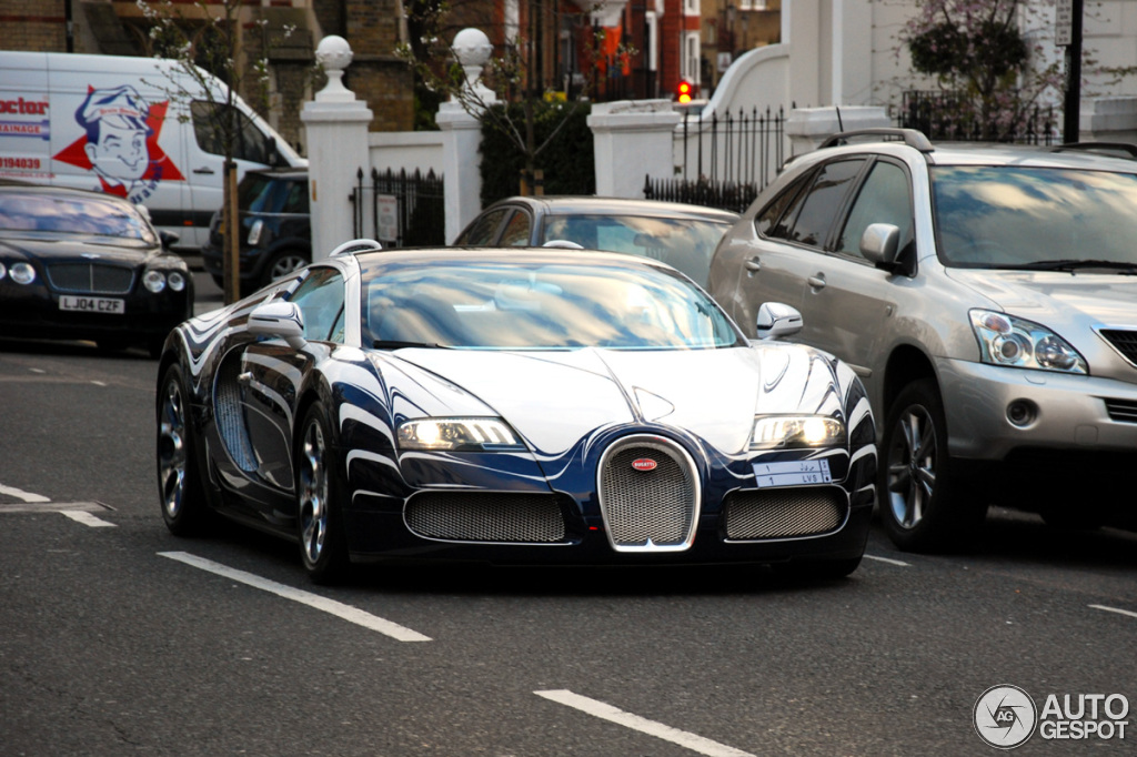bugatti veyron 16 4 grand sport l 39 or blanc 26 avril 2013 autogespot. Black Bedroom Furniture Sets. Home Design Ideas