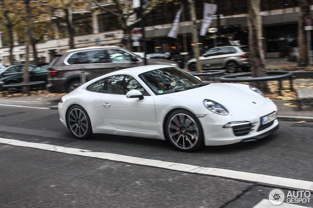 Porsche 991 Carrera S  26 April 2013  Autogespot