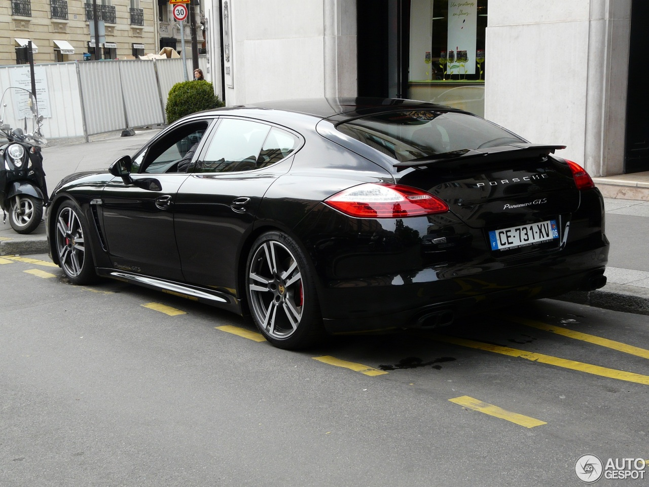 porsche panamera gts 27 april 2013 autogespot. Black Bedroom Furniture Sets. Home Design Ideas
