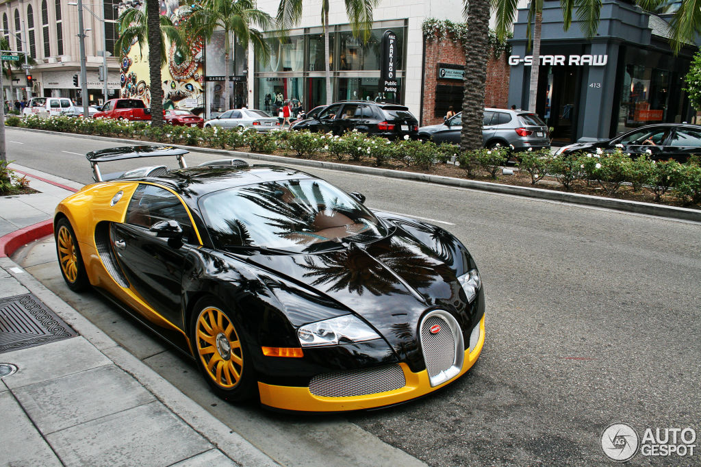 bugatti veyron 16 4 30 april 2013 autogespot. Black Bedroom Furniture Sets. Home Design Ideas