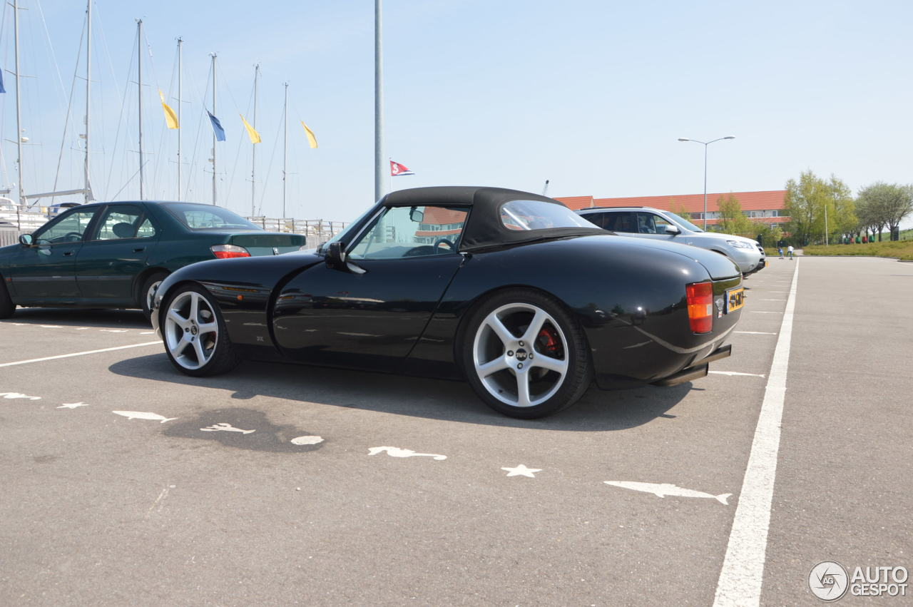 tvr griffith 500 6 may 2013 autogespot. Black Bedroom Furniture Sets. Home Design Ideas