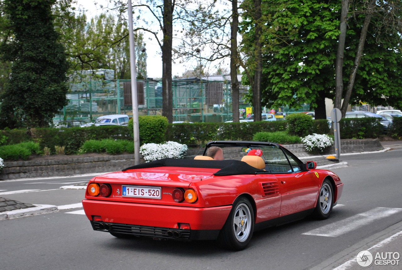 ferrari mondial t cabriolet 12 may 2013 autogespot. Black Bedroom Furniture Sets. Home Design Ideas