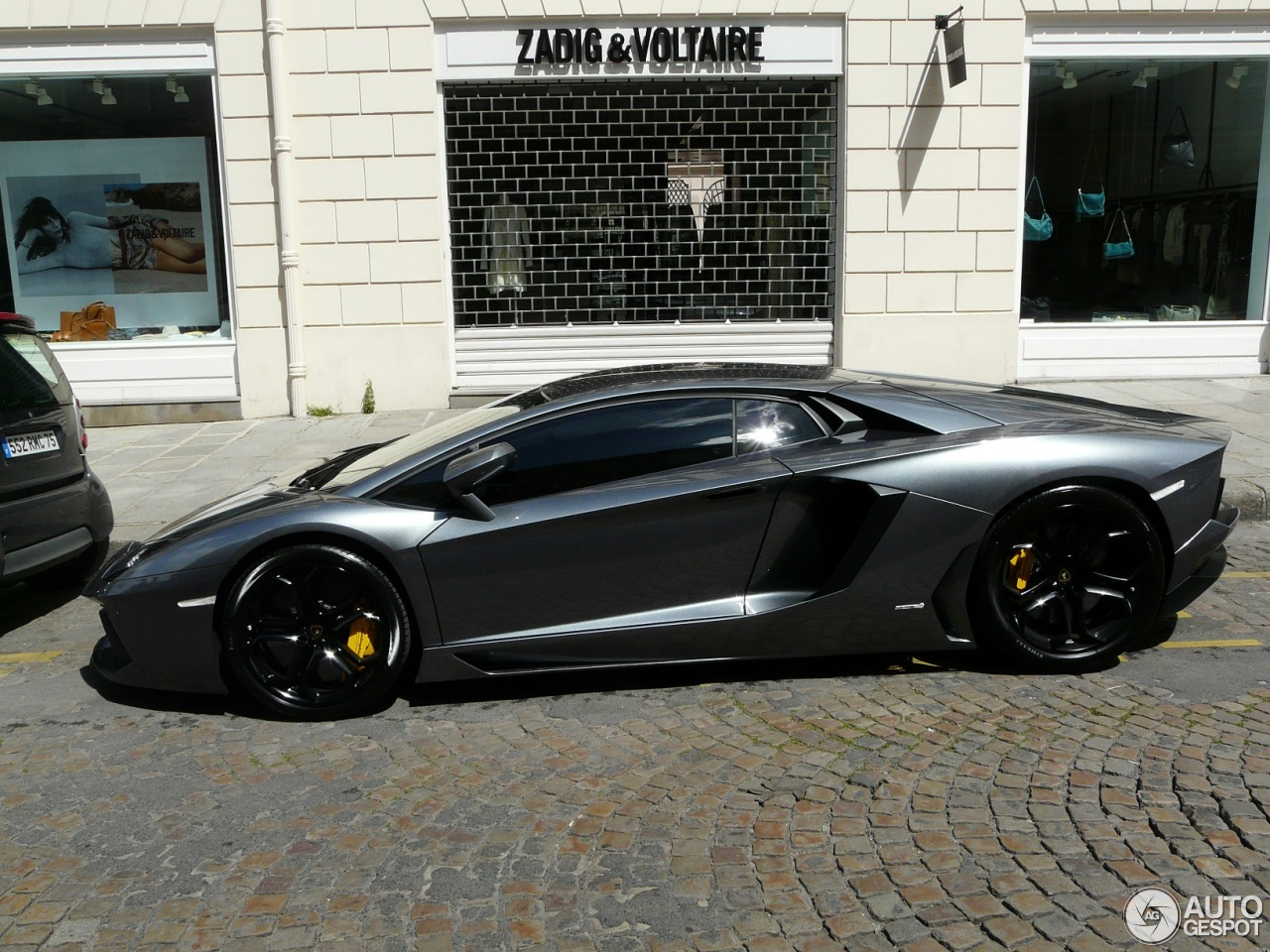 lamborghini aventador lp700 4 12 mai 2013 autogespot. Black Bedroom Furniture Sets. Home Design Ideas