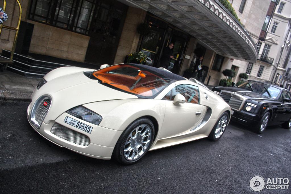 bugatti veyron 16 4 grand sport 13 may 2013 autogespot. Black Bedroom Furniture Sets. Home Design Ideas