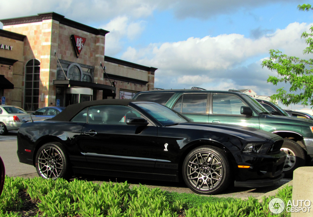 ford mustang shelby gt500 convertible 2014 22 may 2013. Black Bedroom Furniture Sets. Home Design Ideas