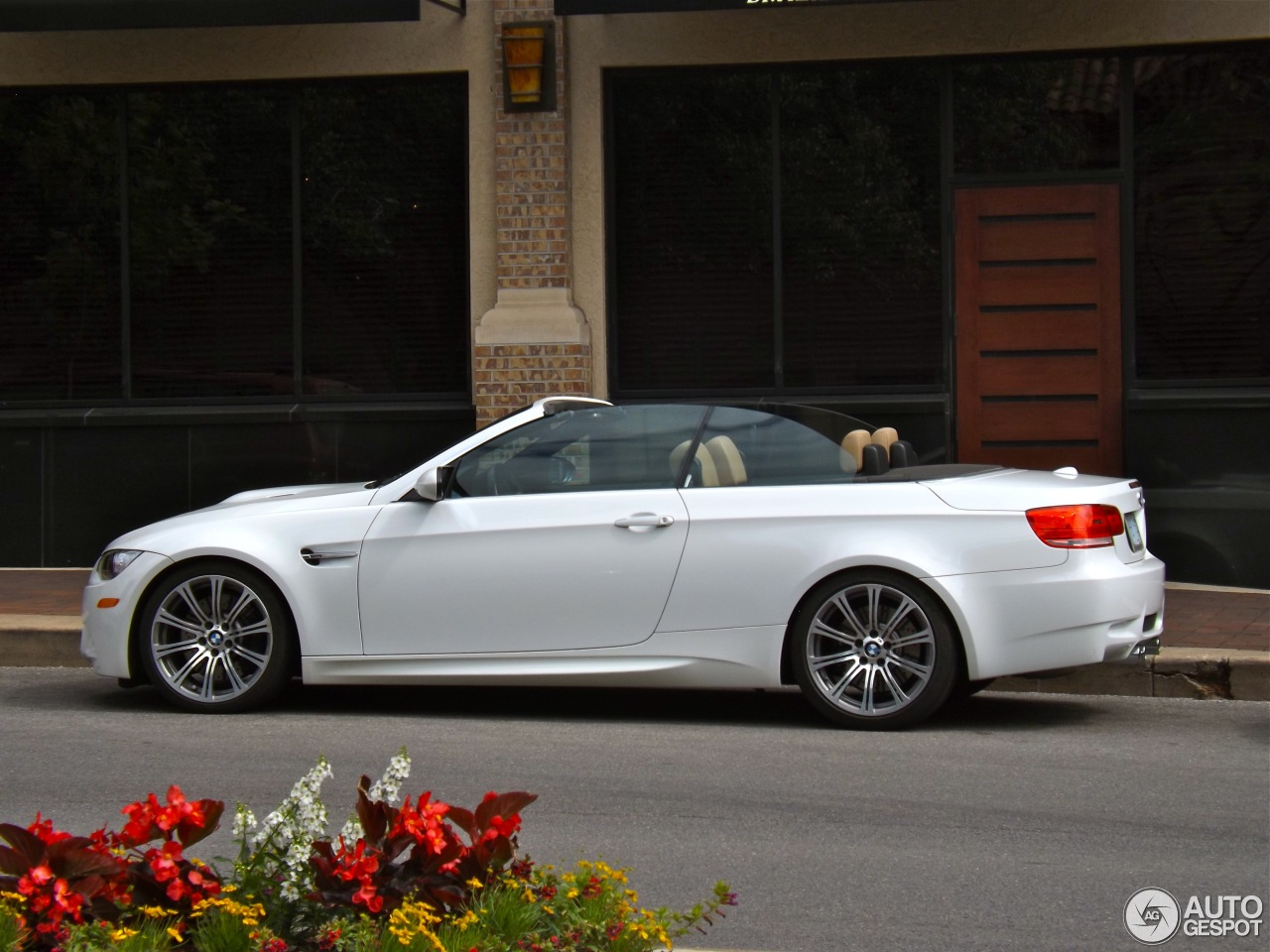 bmw m3 e93 cabriolet 24 may 2013 autogespot. Black Bedroom Furniture Sets. Home Design Ideas