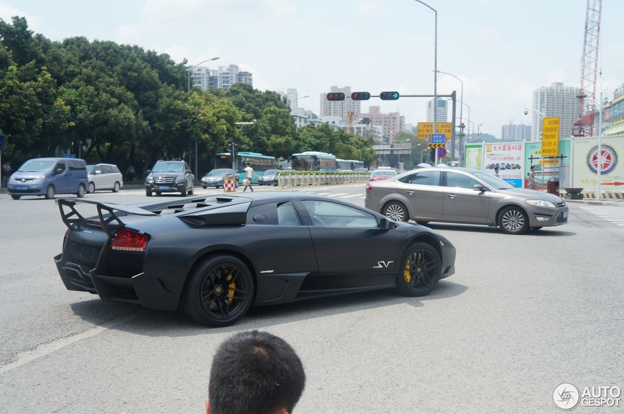 Lamborghini Murciélago LP670-4 SuperVeloce 3