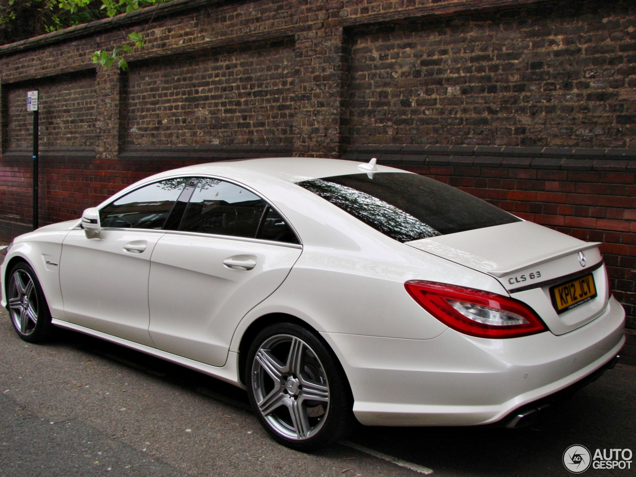 Mercedes benz cls 63 amg c218 31 mai 2013 autogespot for Mercedes benz amg cls