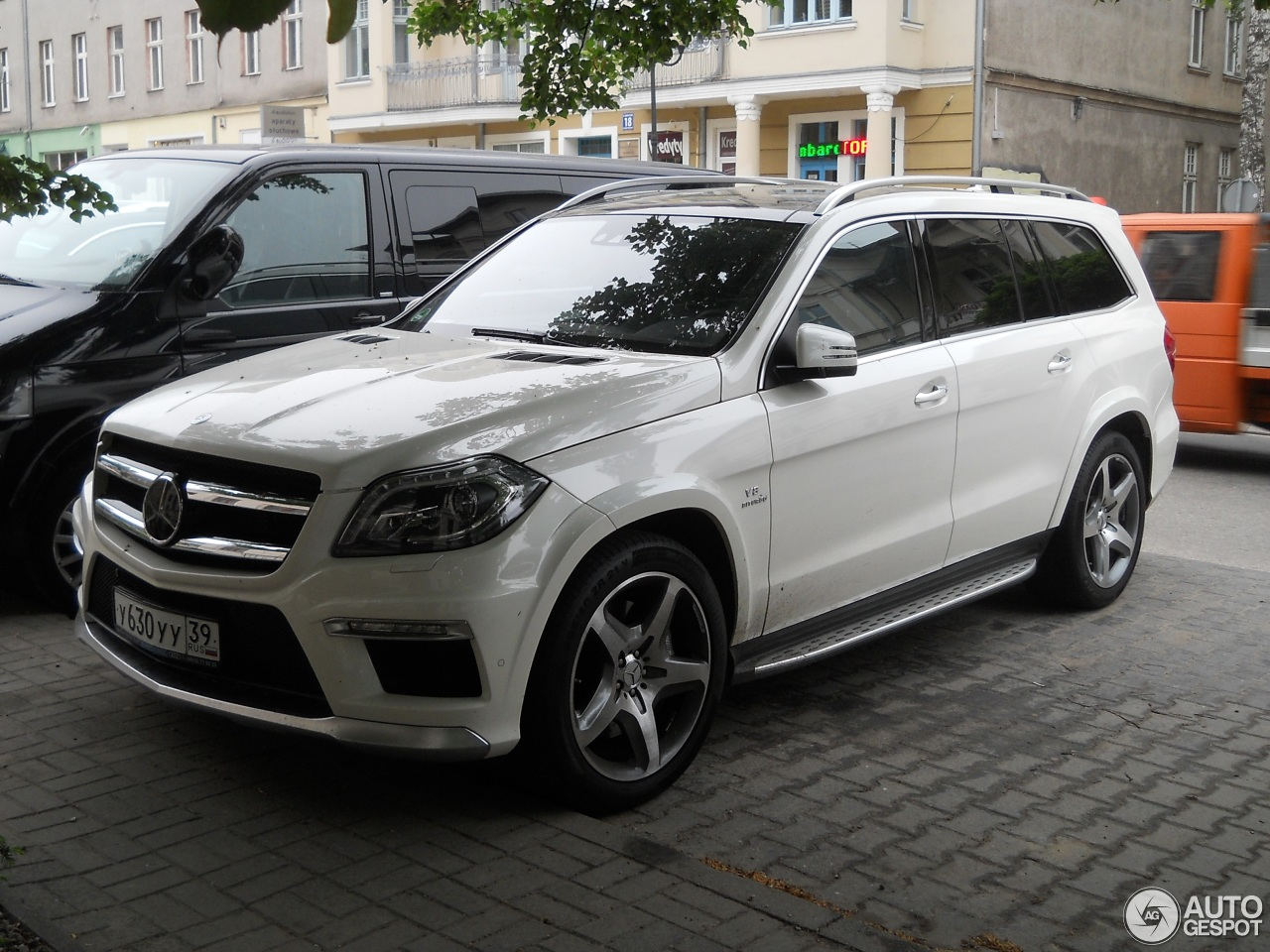Mercedes benz gl 63 amg x166 31 may 2013 autogespot for Mercedes benz gls 63 amg