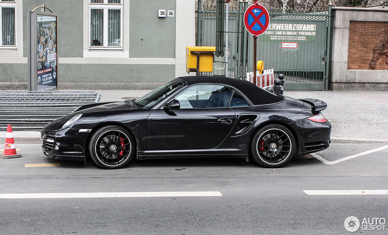 porsche 997 turbo cabriolet mkii 12 june 2013 autogespot. Black Bedroom Furniture Sets. Home Design Ideas