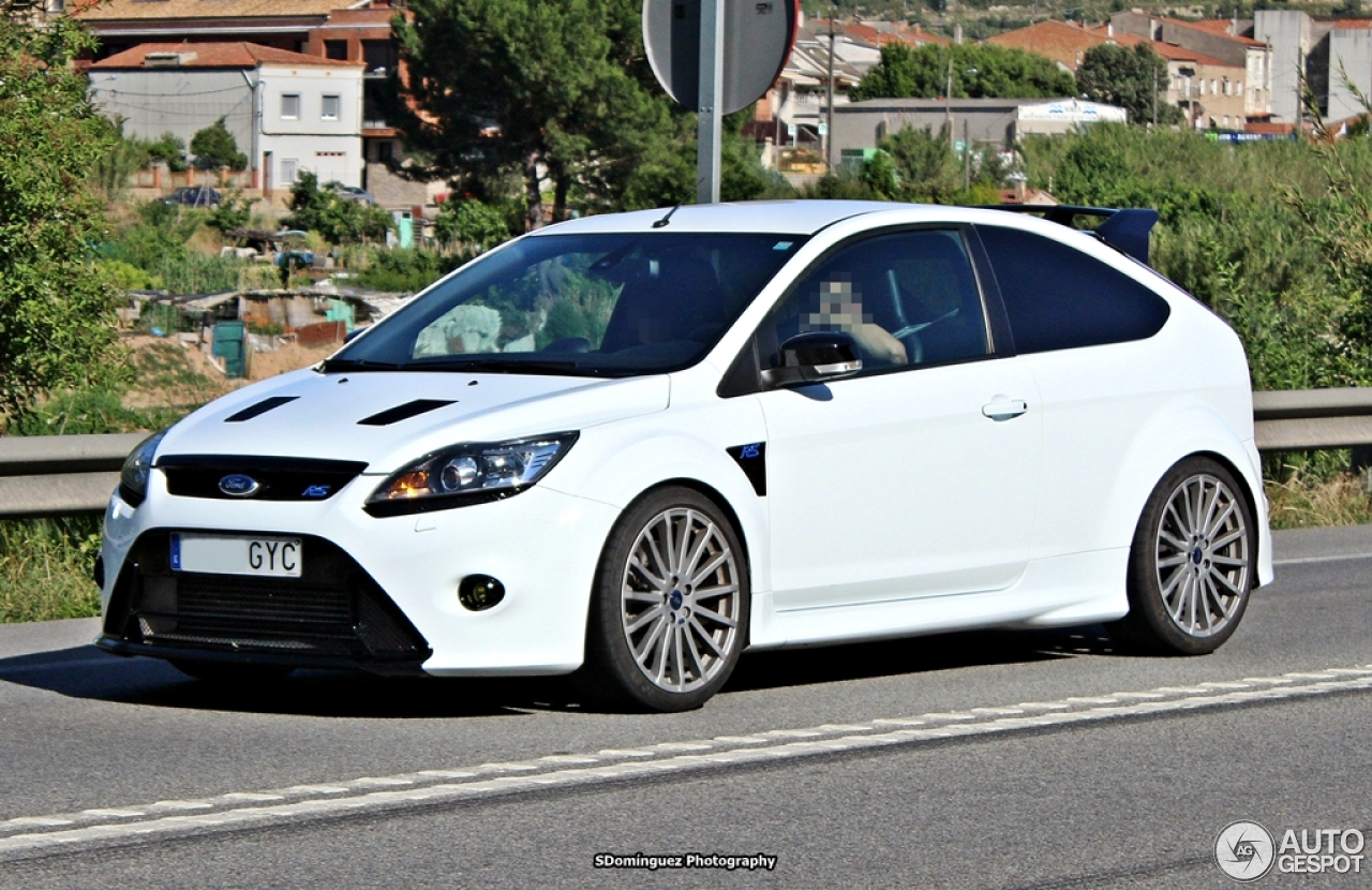 ford focus rs 2009 16 junio 2013 autogespot. Black Bedroom Furniture Sets. Home Design Ideas