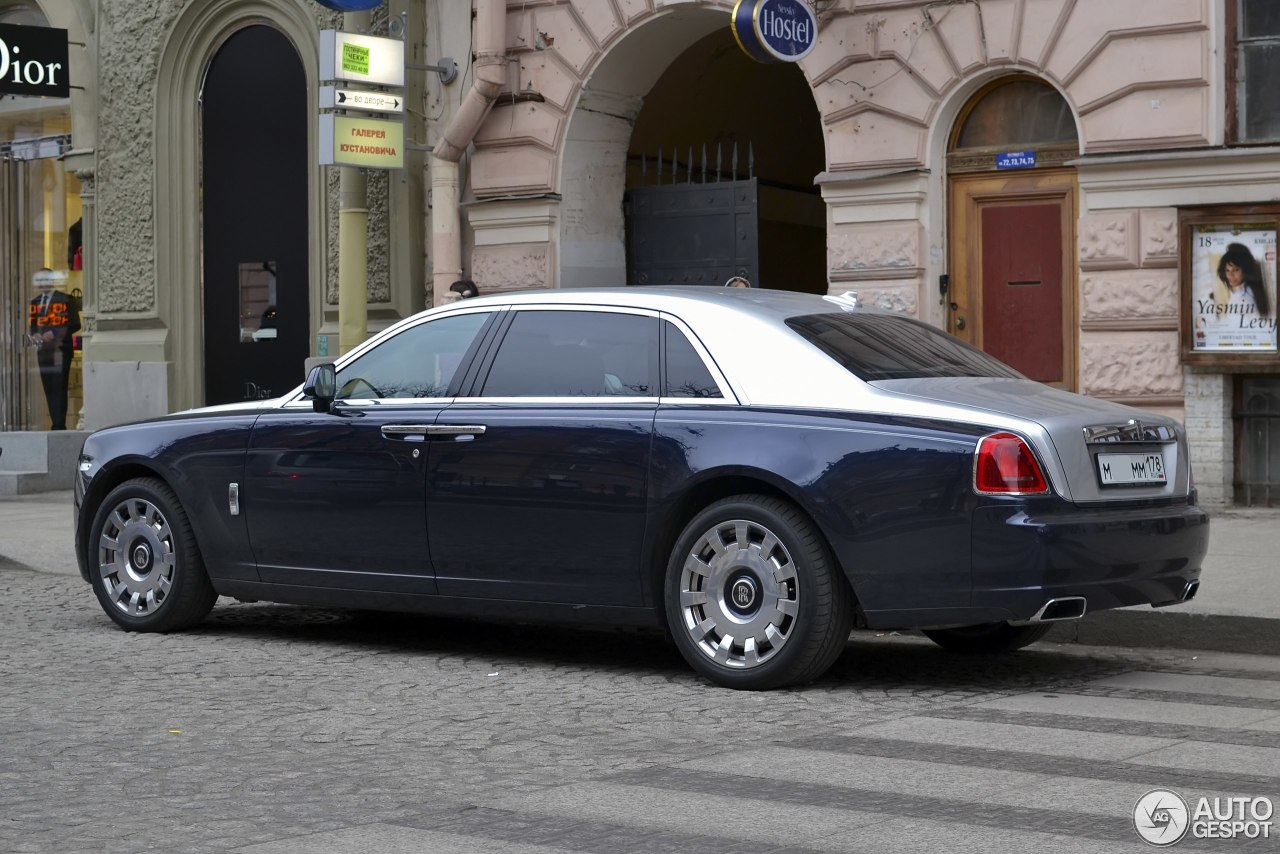 rolls royce ghost ewb 17 june 2013 autogespot. Black Bedroom Furniture Sets. Home Design Ideas