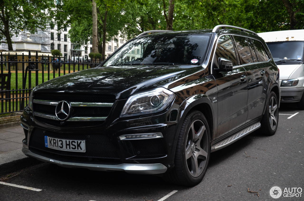 Mercedes benz gl 63 amg x166 24 june 2013 autogespot for Mercedes benz gls 63 amg