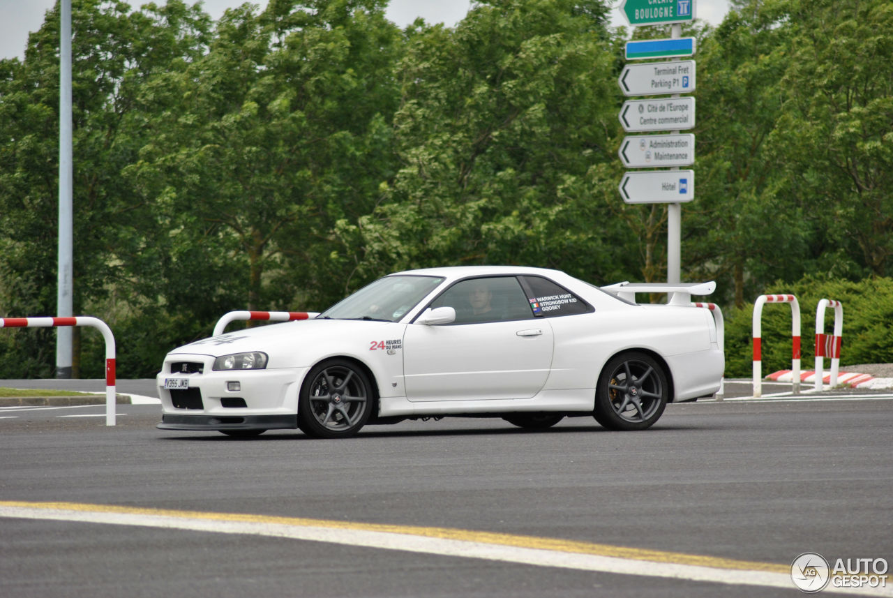 nissan skyline r34 gt r 26 juin 2013 autogespot. Black Bedroom Furniture Sets. Home Design Ideas