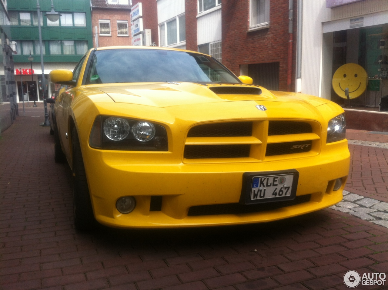 dodge charger srt 8 super bee 29 june 2013 autogespot. Black Bedroom Furniture Sets. Home Design Ideas