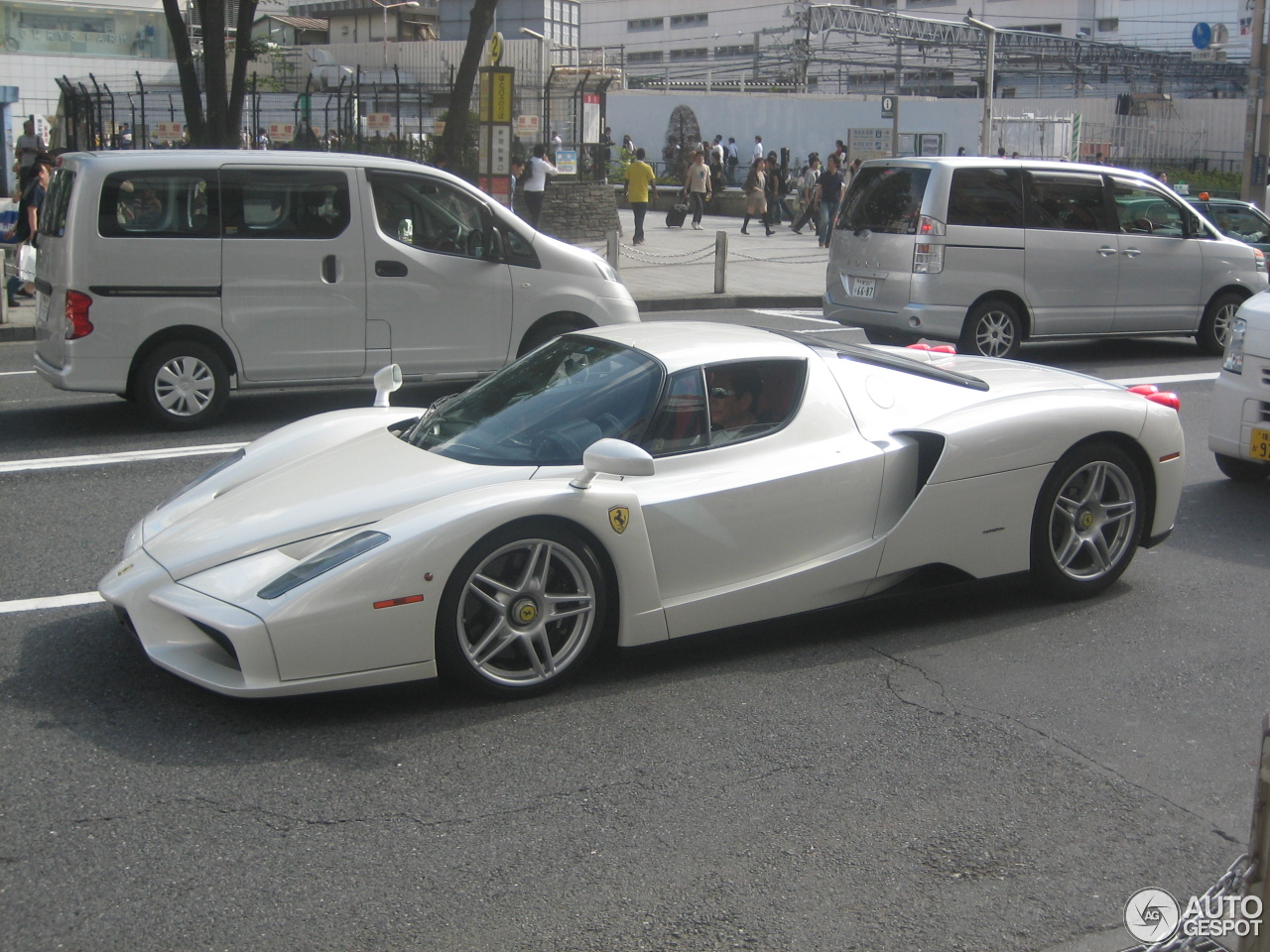 2 i ferrari enzo ferrari 2 - Ferrari Enzo 2013 White