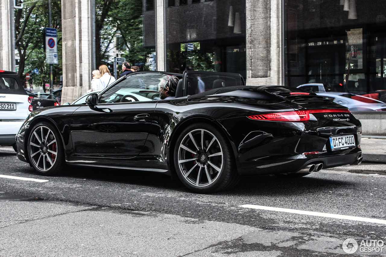 porsche 991 carrera 4s cabriolet 29 june 2013 autogespot. Black Bedroom Furniture Sets. Home Design Ideas