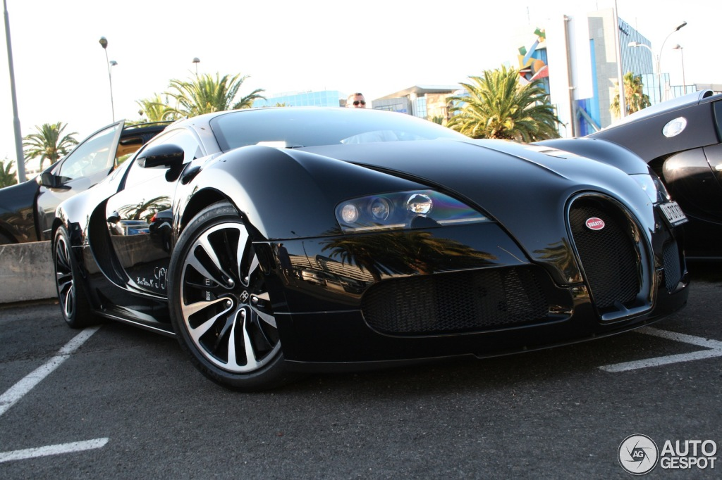 bugatti veyron 16 4 sk limited edition 12 july 2013 autogespot. Black Bedroom Furniture Sets. Home Design Ideas
