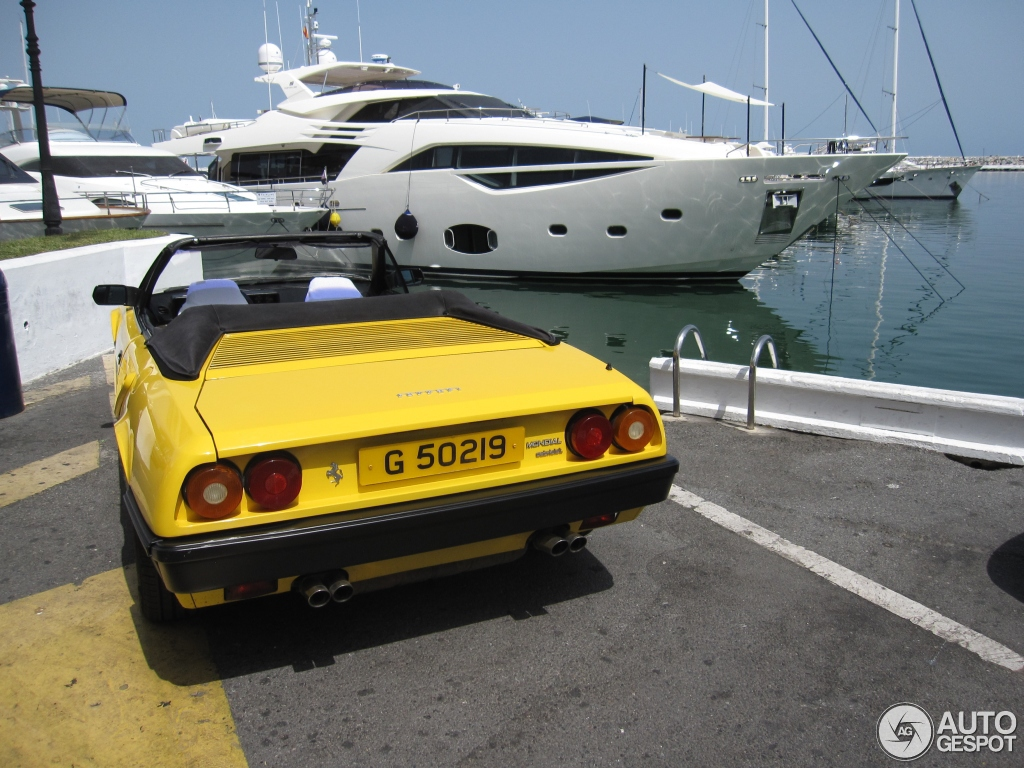 ferrari mondial 8 cabriolet 12 julio 2013 autogespot. Black Bedroom Furniture Sets. Home Design Ideas