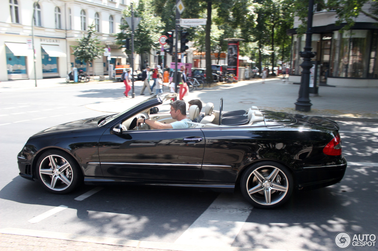 mercedes benz clk 63 amg cabriolet 13 july 2013 autogespot. Black Bedroom Furniture Sets. Home Design Ideas