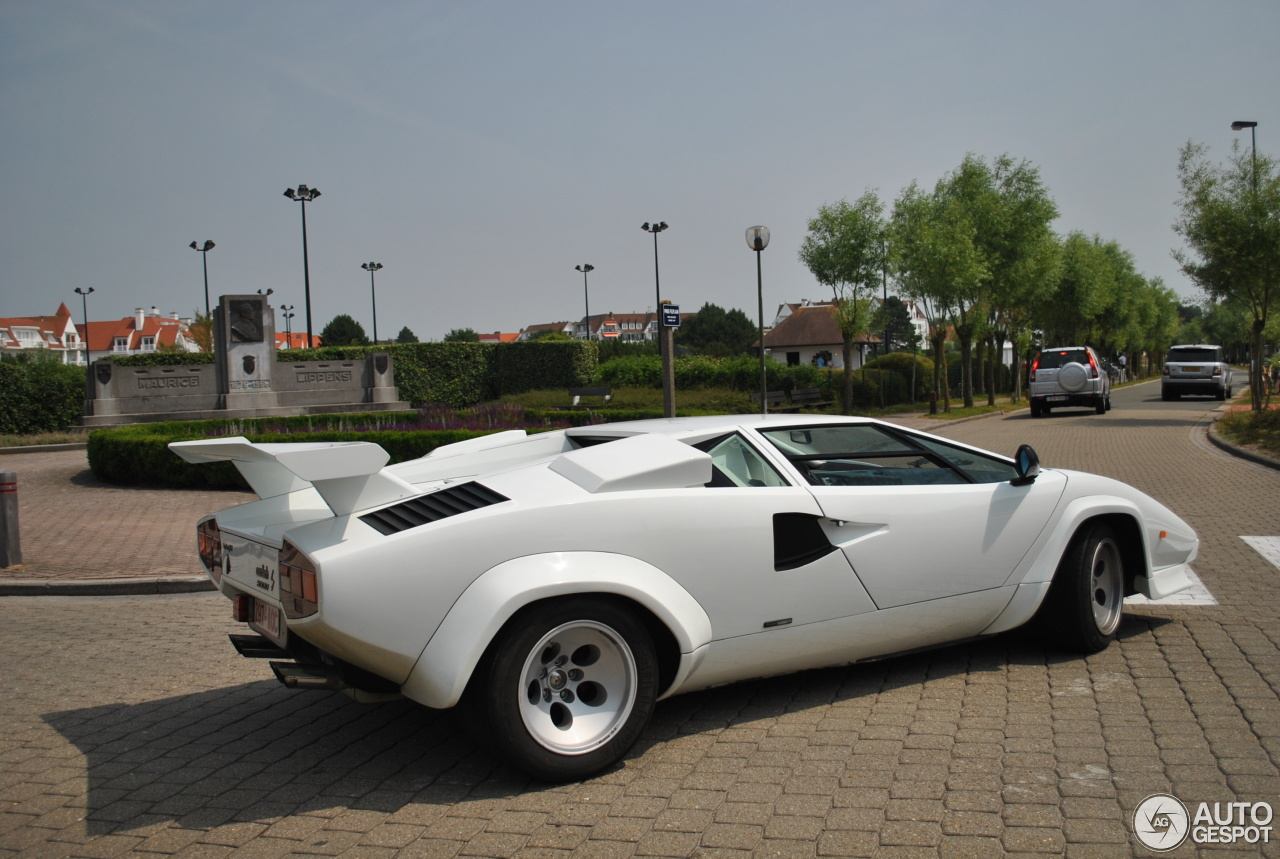 lamborghini countach 5000 s 14 julio 2013 autogespot. Black Bedroom Furniture Sets. Home Design Ideas