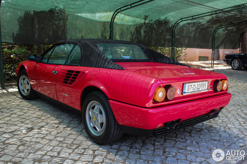 ferrari mondial 3 2 cabriolet 15 julho 2013 autogespot. Black Bedroom Furniture Sets. Home Design Ideas