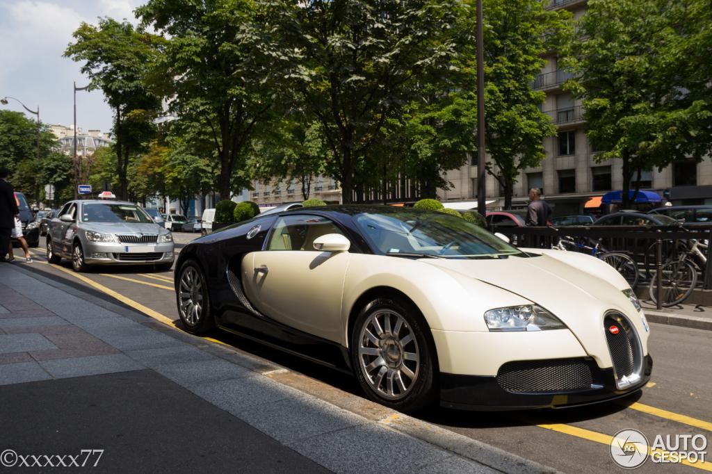 bugatti veyron 16 4 18 july 2013 autogespot. Black Bedroom Furniture Sets. Home Design Ideas