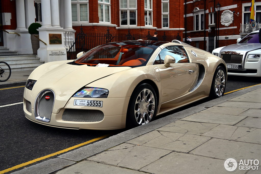 bugatti veyron 16 4 grand sport 21 july 2013 autogespot. Black Bedroom Furniture Sets. Home Design Ideas