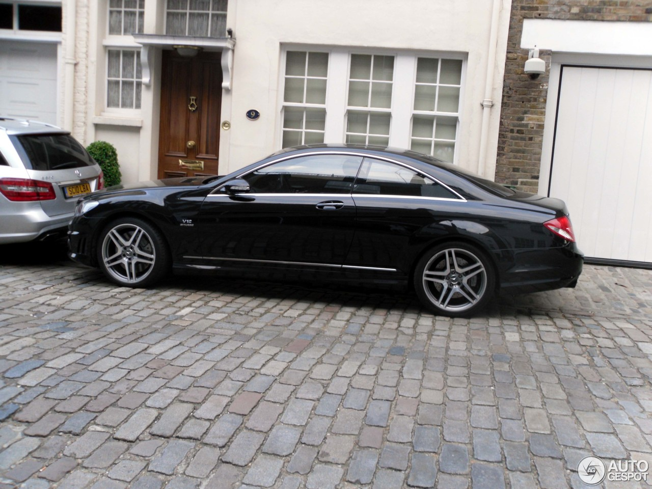 Mercedes benz cl 65 amg c216 22 july 2013 autogespot for Mercedes benz cl 65 amg