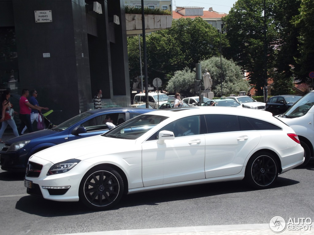 mercedes benz cls 63 amg x218 shooting brake 29 julho 2013 autogespot. Black Bedroom Furniture Sets. Home Design Ideas